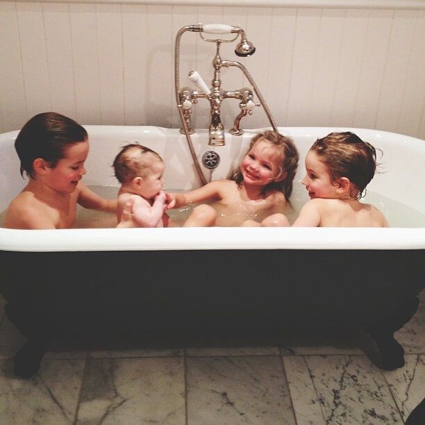 When Should You Stop The Kids Taking a Bath Together Routine